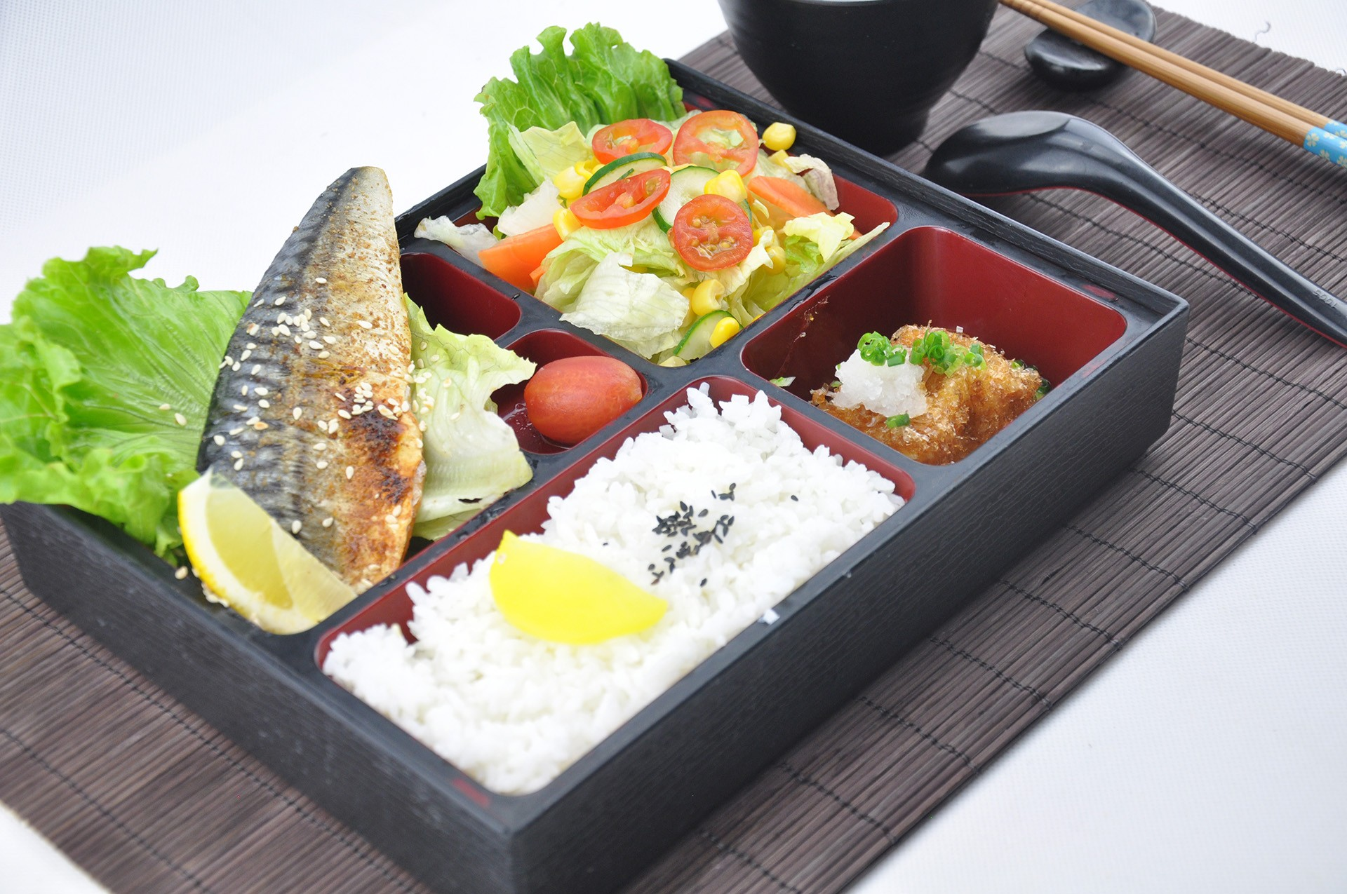 燒烤醋鯖魚定食