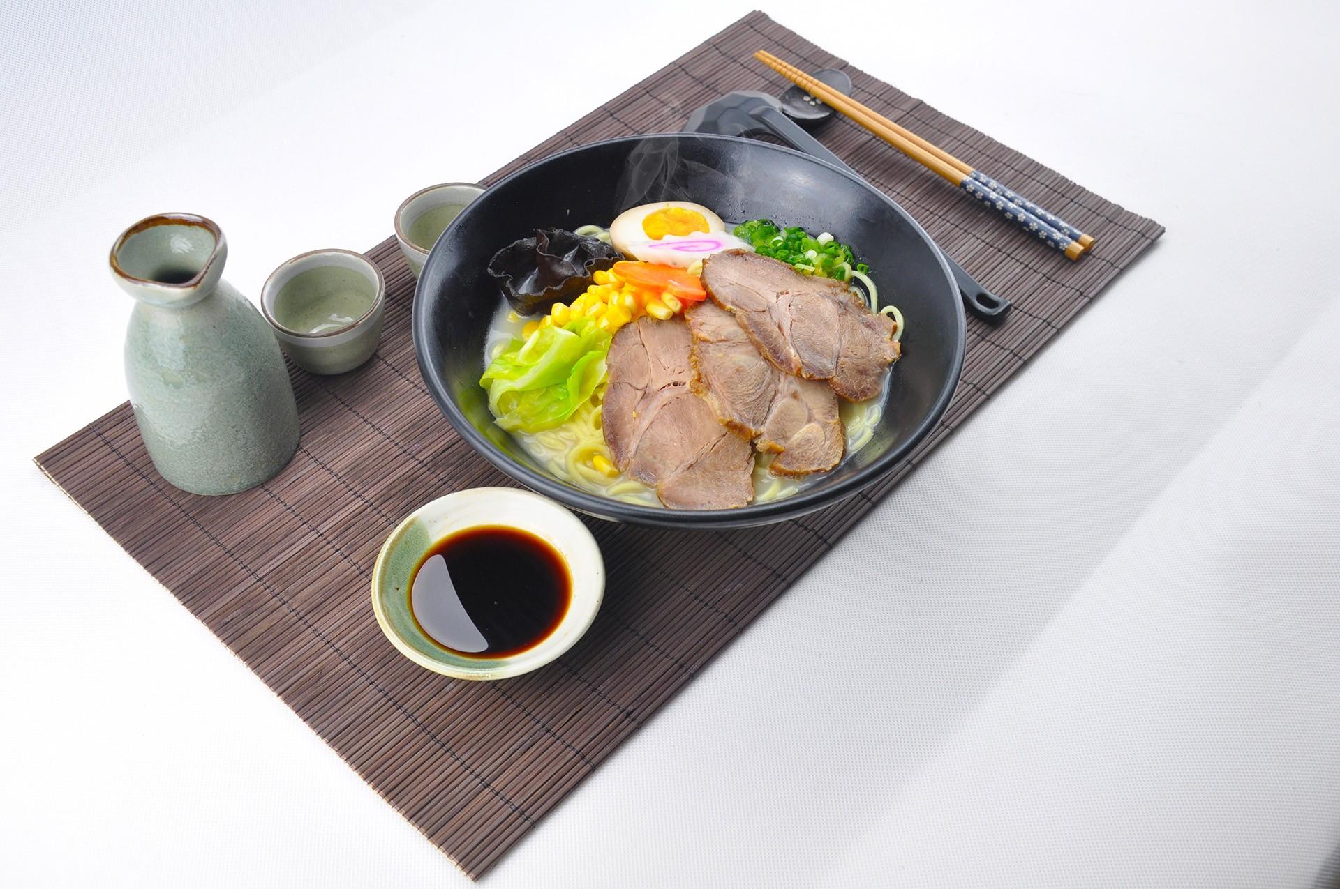 豚骨叉燒拉麵