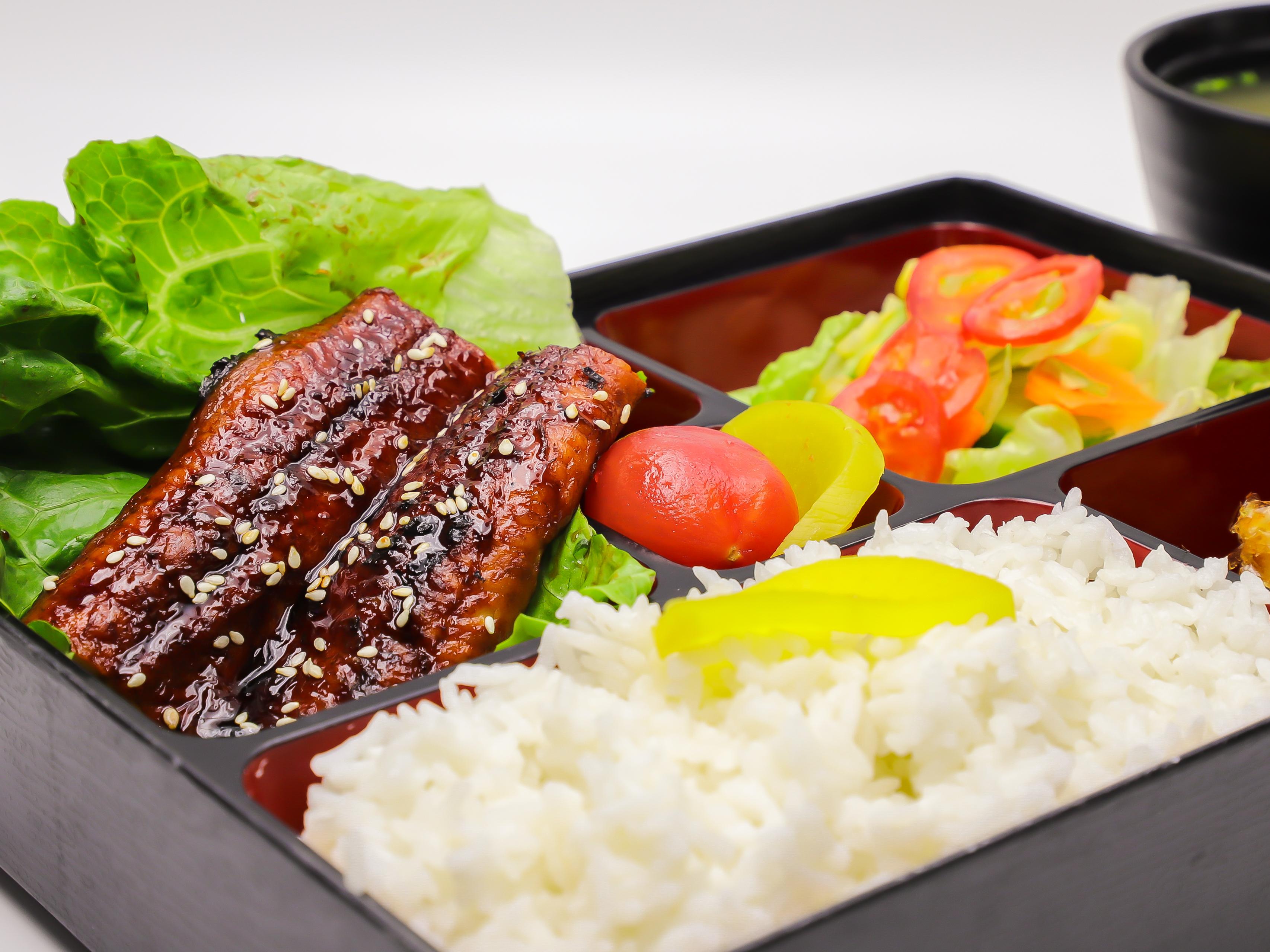 蒲燒鰻魚定食 (1)